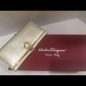 Salvatore Ferragamo continental wallet gold!